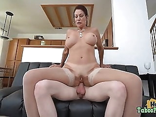 Naughty Birthday Photoshoot With Mom anal blowjob cumshot