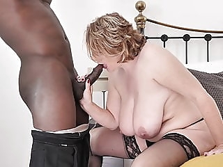 Mature busty mother tries big black cock amateur blowjob mature