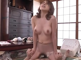 北川 - 妻子的安慰 (中文字幕) asian big tits japanese