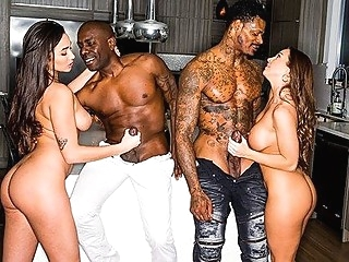 Two blacks love group sex and so fuck of two girlfriends... big tits brunette group sex