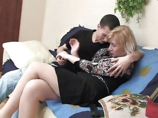 of age blonde with younger baffle cumshot mature milf
